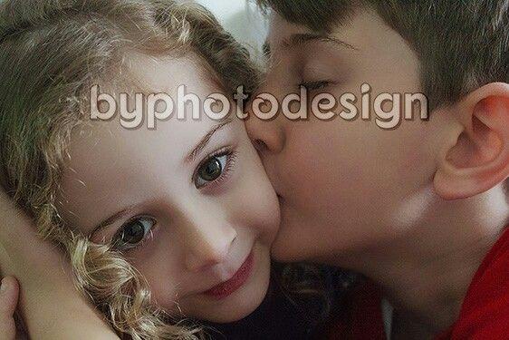 erkek,kız çocuk,kardeş fotoğrafı
