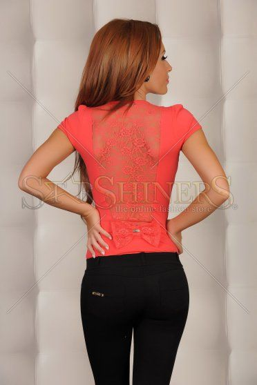 Body Fofy Behind Mirage Coral