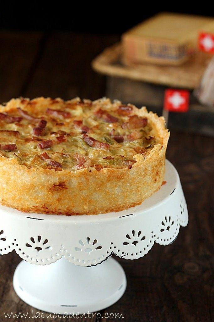 Torta salata di verza e pancetta in crosta di riso e Gruyère