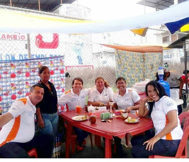 """Entre el bolon y una buena charla en #ElTriunfo  #team #coworkers #bolon #foodlover #foodporn #voyage #travelblogger  #snacks #traveler #ñum #allyouneedisecuador"" by @huahuita. #dametraveler #instalive #ilove #instalife #sightseeing #unlimitedparadise #tour #visiting #destination #explorephilippines #instagramphotos #travelphilippines #wowphilippines #ig_philippines #traversephilippines #passportready #instavacation #getaway #backpacking #europe #backpacker #holidays #путешествие #igtravel…"