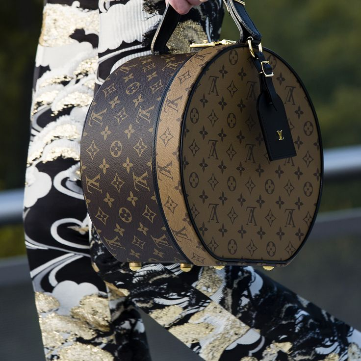 A closer look at a new handbag from the Louis Vuitton Cruise 2018 Collection by Nicolas Ghesquiere. Watch the show now at louisvuitton.com.