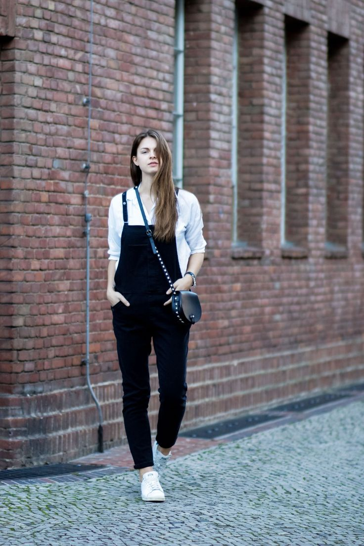#modeblog #fashionblog #whaelse #inspiration #outfit #fashion #streetstyle #howtowear #overall #denim #rebeccaminkoff #jumpsuit #denimoverall #stansmith #adidas #whitesneakers