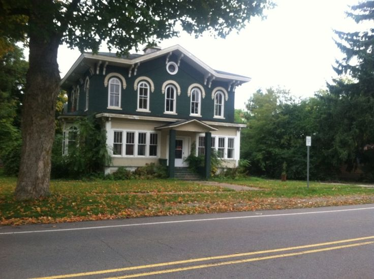 12 best old mansions for sale images on pinterest for Upper michigan real estate zillow