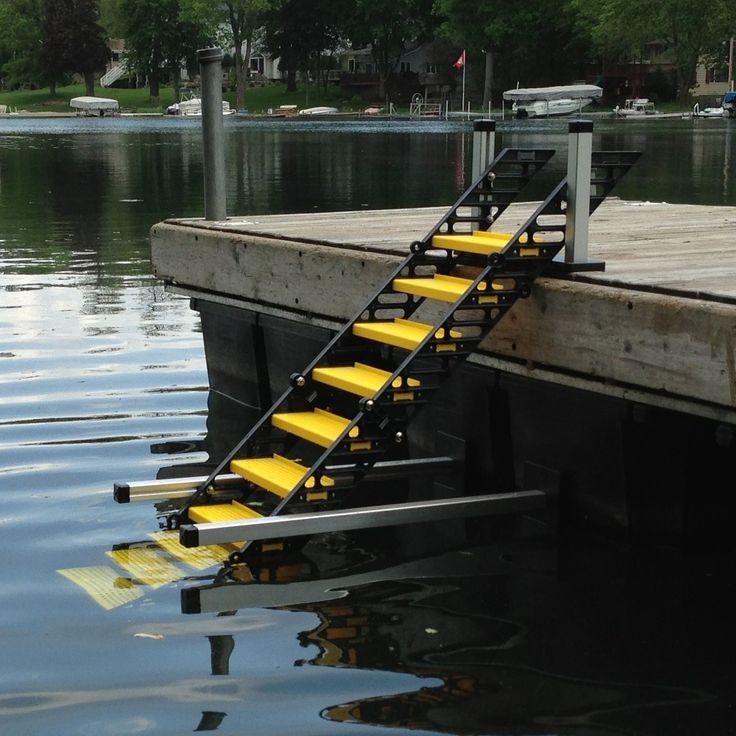 WAG Boarding Steps™ Model RDM-10 Removable Dock Mount on Floating Dock