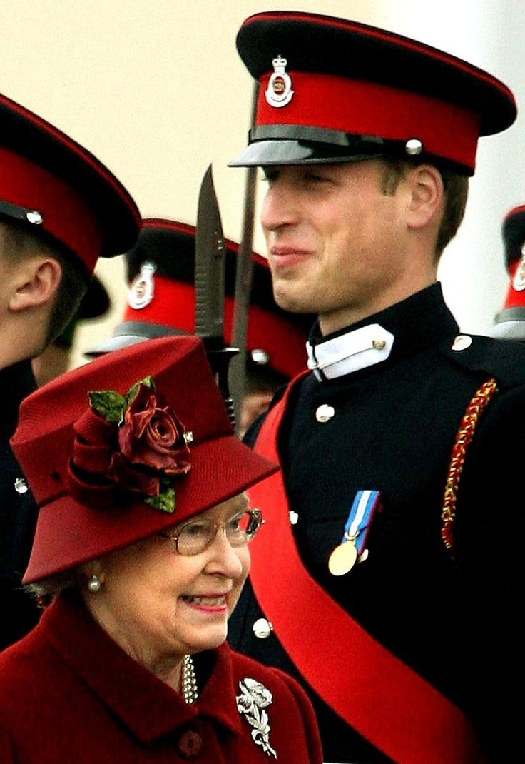 Prince William's favourite picture of him and his grandmother The Queen.