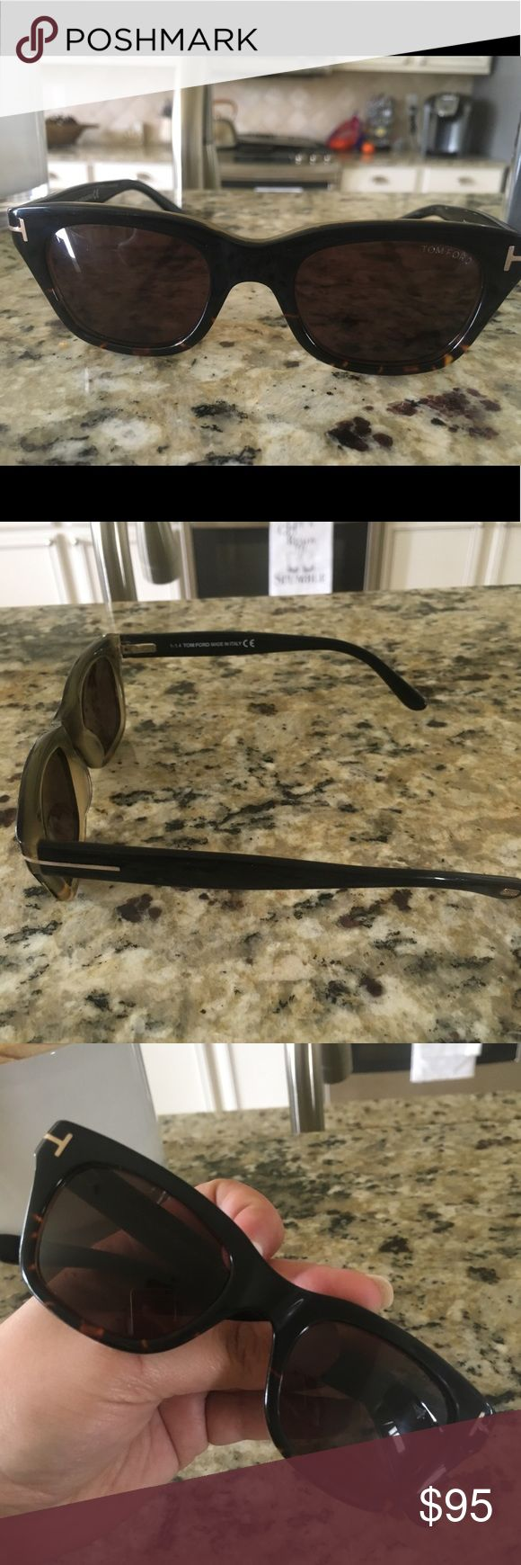 Tom Ford Women's sunglasses No box or case. Barely worn. Excellent condition. Tom Ford Accessories Sunglasses