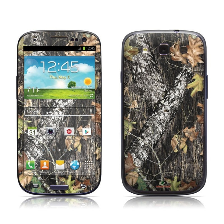 Break-Up design by Mossy Oak seen here on a  Galaxy S 3 Skin Kit with matching screen wallpaper graphic    Don't drop your phone in the forest is all we're sayin'.....