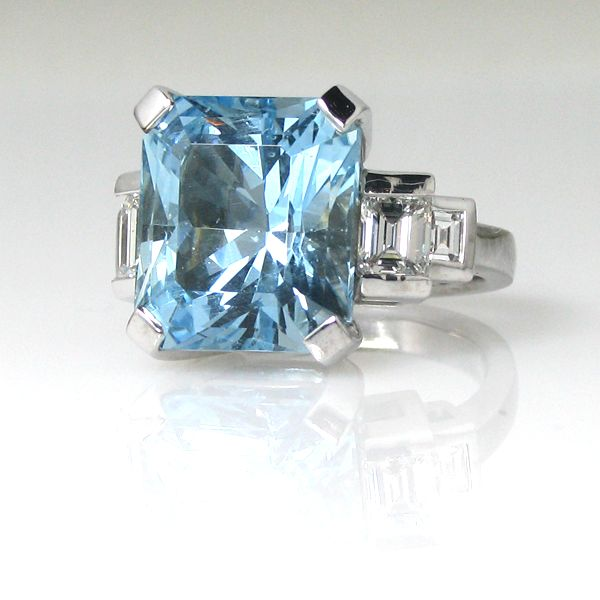 9.5 ct Rectangular Cut Cornered Aquamarine and Baguette Diamonds on the side set on a 18kt white gold Cocktail Ring- Handmade !
