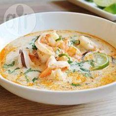 Sopa de camarão tailandesa @ allrecipes.com.br - Essa sopa é um sucesso, a melhor que já provei! Uma mistura de sabores deliciosa. Experimente!