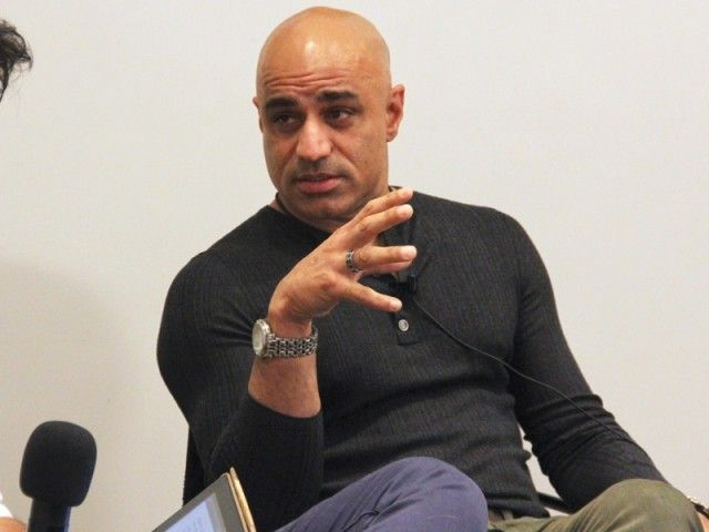 After fighting Iron Man, Faran Tahir arrives in Karachi