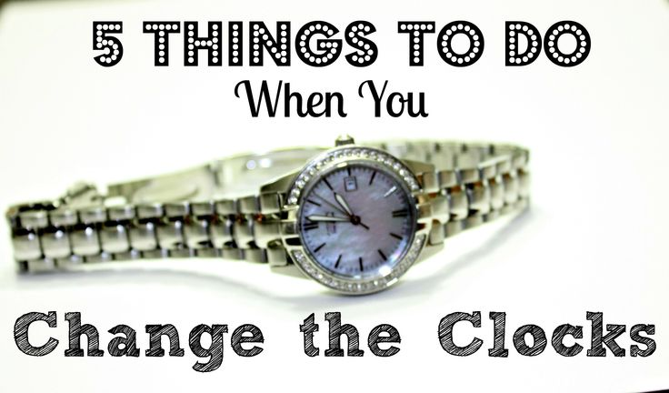 Using Daylight Savings time changes as a reminder for things you should do twice a year is a great way to stay organized! Here's 5 things you SHOULD do every 6 months.