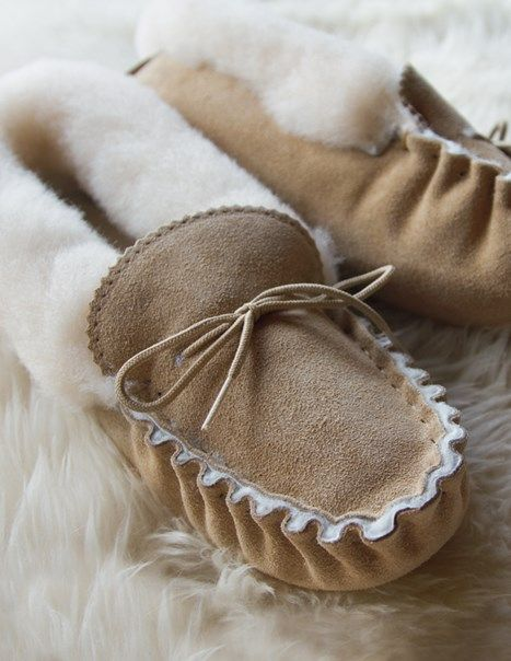 Lounger Moccasins - Soft Sole   Ladies Sheepskin Slippers