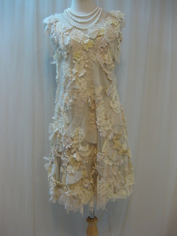 lace dressHands Embroidered, Bridesmaid Dresses, Beautiful, Custom Mad, Embroidered Ivory, Ivory Pearls, Wedding Receptions Dresses, Pearls Dresses, Lace Dresses