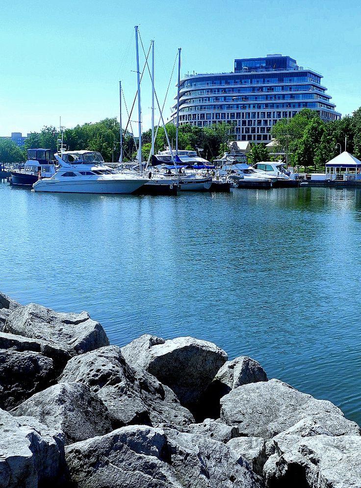 Oakville Harbour www.OakvilleRealEstateOnline.com
