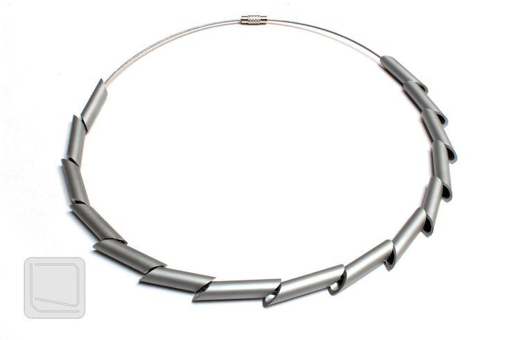 Originální+moderní+náhrdelník+Moderní+náhrdelník+s+originálním+minimalistickým+designem,+pro+každého,+kdo+hledá+něco+jedinečného.