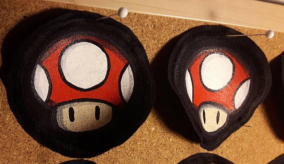 Super Mario mushroom patches ! Hand-painted by @fauvebcreations and available on Etsy :D