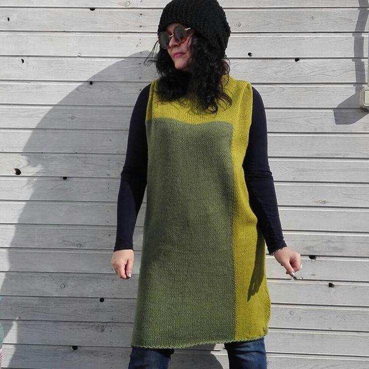 0 отметок «Нравится», 1 комментариев — Larisa Turgan (@lorishandmademoscow) в Instagram: «Туника Хламида. Нитки Alize Cashmira. Размер: 42-48. Цвет: зеленый/фисташковый.  В наличии. РУЧНАЯ…»