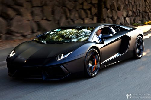 #Lamborghini Aventador ...