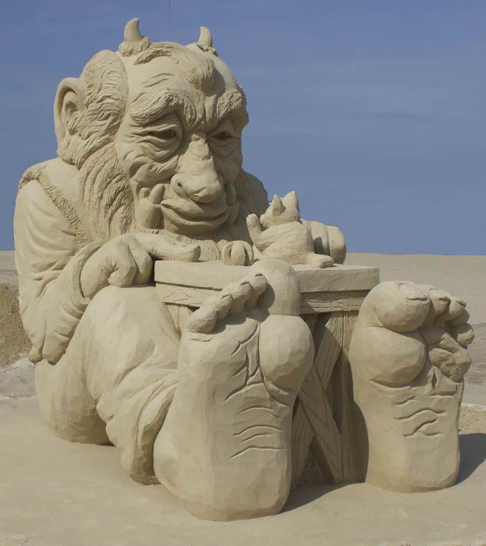 17 Best images about Sand Sculpture on Pinterest ...