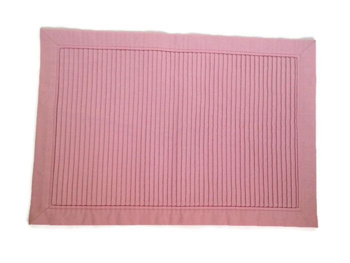 Handmade Pink Placemat, Shabby Placemat, Light Pink Placemat, Set of 4 Placemat, Twist Placemats, Handcrafted Placemats,Table Decor Placemat by bellahomedesign on Etsy