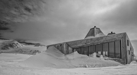 Rabothytta Norway Trekking Mountain Cabin Oskolten Oksidan Innovative Design Architecture Adventure Rough North Climate Jarmund Vigsnaes Architects