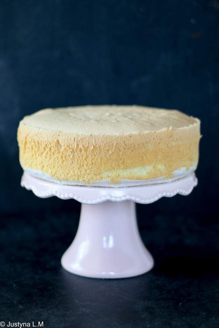 Biszkopt do tortów wilgotny