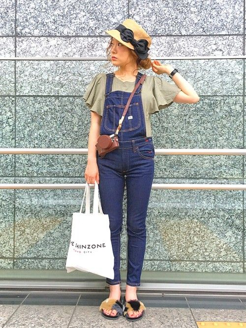 Shih☺︎|MOCAのTシャツ/カットソーを使ったコーディネート - WEAR