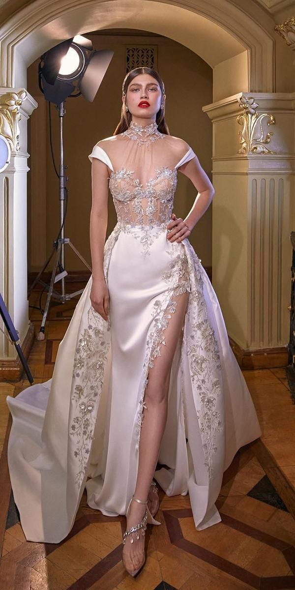 24 Modern Wedding Dresses From Top Usa Designers Wedding Dresses Guide Wedding Dress Couture Sheer Wedding Dress Bridal Dresses