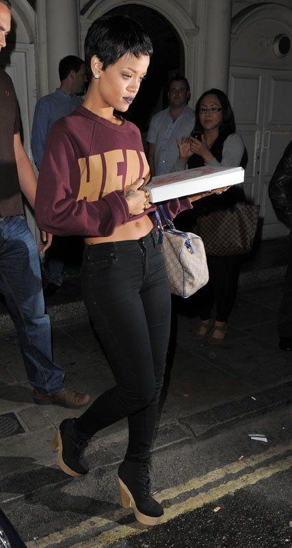 Rehab Online Magazine Celebrity Profile Rihanna And Her