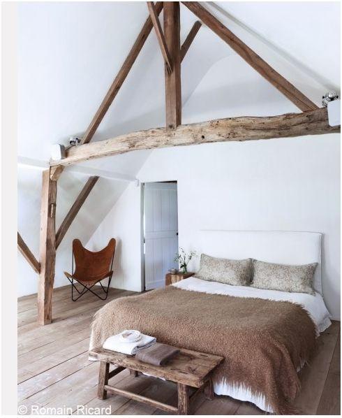 slaapkamer met balken - bedroom with beams