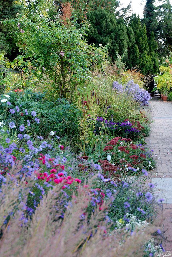Schaubeete Konigliche Gartenakademie Garten Schone Anlage Privatgarten