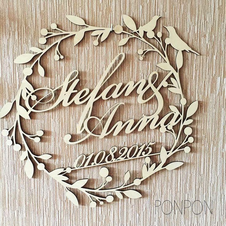 Так полюбившаяся вам монограмма с листьями и птичками Такая в натуральном деревянном цвете - 370 грн. С покраской +200 грн Размеры 60*60 см Кстати, все наши изделия для свадьбы вы можете посмотреть по хэштегу #свадьба_ponpon #лазернаярезка #лазернаярезкакиев #лазернаягравировка #аксессуарыдляпраздника #аксессуарыдляпраздникакиев #аксессуарыдлясвадьбы #аксессуарыдлясвадьбыкиев #аксессуарынасыадьбу #монограмма #монограмманазаказ_украина #монограммакиев #инициалымолодоженов…