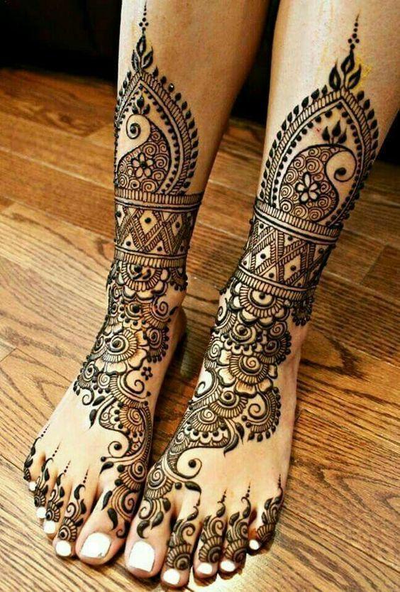 Latest Designs of Mehendi | FemaleAdda.com