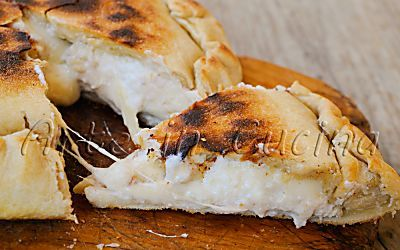 Focaccia al tonno e ricotta in padella ricetta veloce