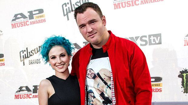 'Paramore' Singer Hayley Williams & Husband Chad Gilbert Split After 10 Years Together https://tmbw.news/paramore-singer-hayley-williams-husband-chad-gilbert-split-after-10-years-together  Paramore's Hayley Williams and her husband Chad Gilbert are over! The singer revealed the news in an Instagram post that will break your heart!Hayley Williams dropped a super upsetting bomb on fans on Saturday, July 1. The Paramore singer announced she and her husbandChad Gilbertfrom New Found Glory have…