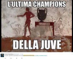 poverini - Foto di Anti Juve dell' AC Milan