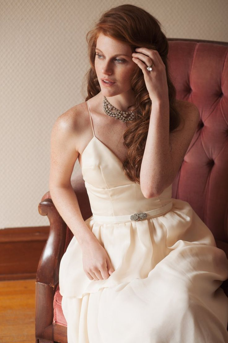 silk fabric ecru wedding gown | via http://emmalinebride.com/bride/buying-wedding-dress-online/