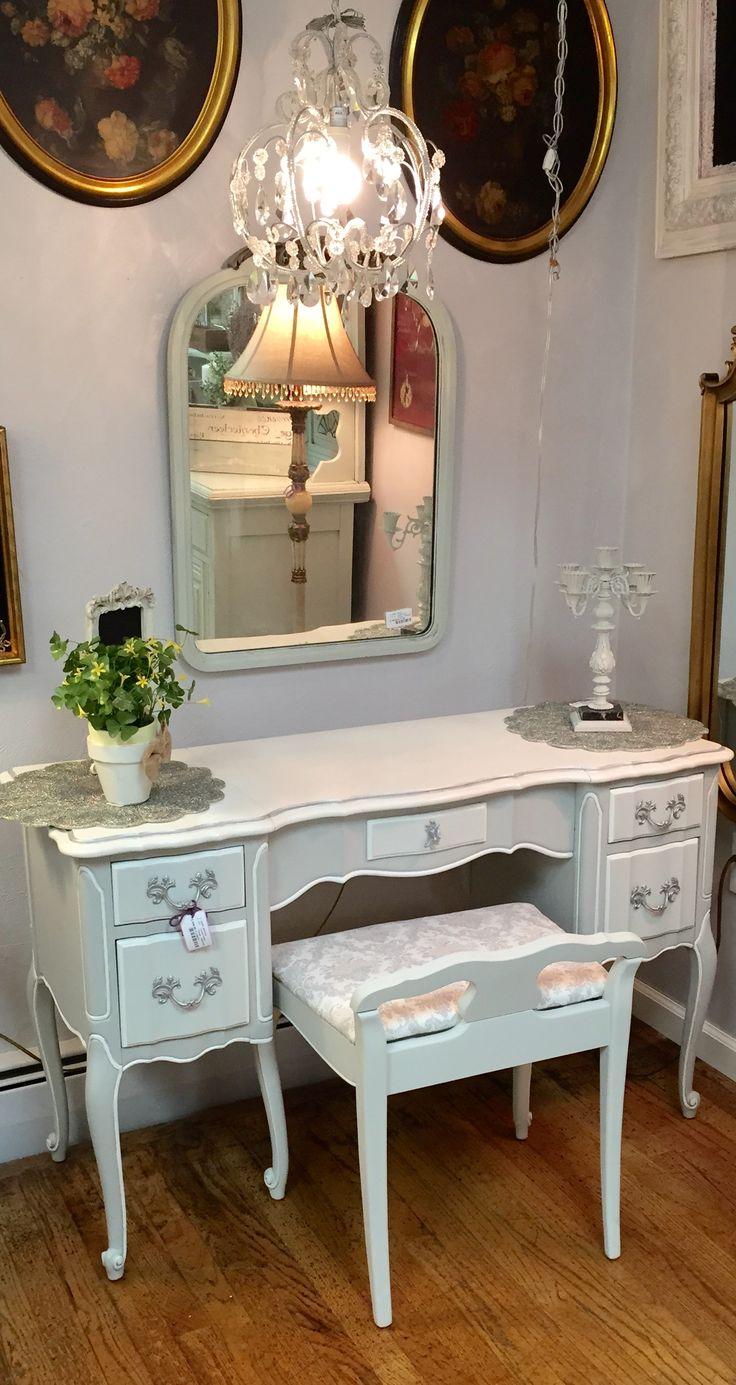 Genial French Provincial Vanity/Desk #ChalkItUpChics. Vanity RedoForget Me NotFrench  ProvincialVanitiesShabby ...