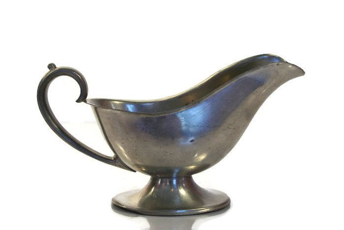 New to Revendeur on Etsy: Vintage Pewter Gravy Boat -- Brewster Pewter Saucier -- Pattern 4545 -- Midcentury -- Thanksgiving Hostess Gift -- Sauciere -- GW0400 (16.00 USD)
