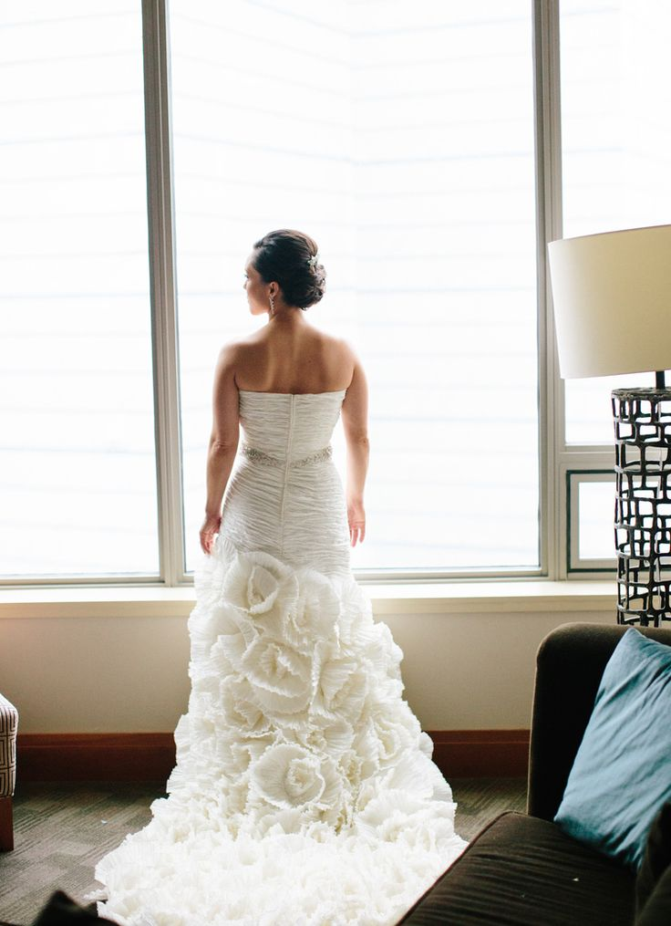 17 Best Wedding Gowns Images On Pinterest
