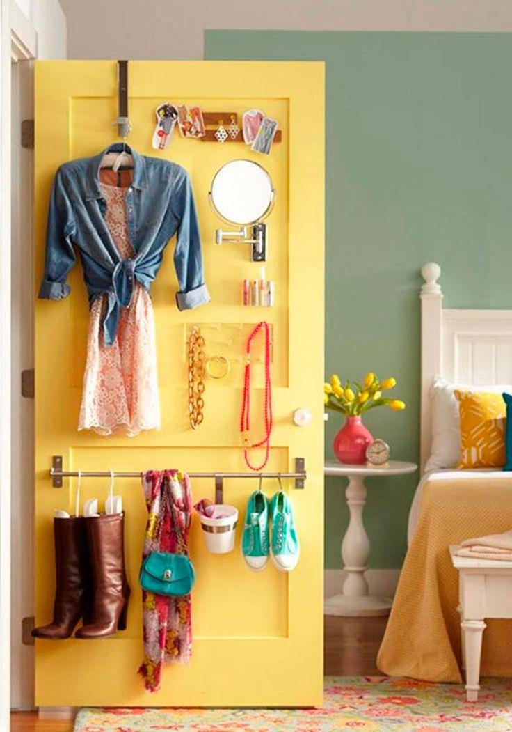 Ideias de como aproveitar o espaço atrás da porta