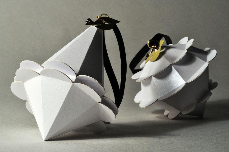 Bagateller - Håndlavde geometriske papirobjekter