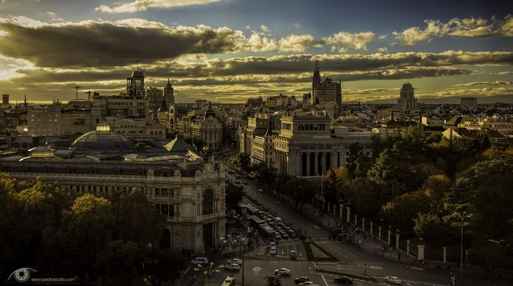 """Madrid at dusk II"" by Pedro Garcia (https://500px.com/photo/94696285/madrid-at-dusk-ii-by-pedro-garcia)"