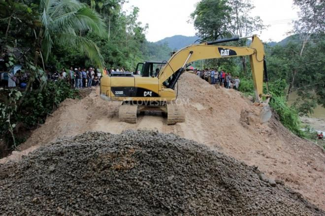 Covesia.com - Manager PLN Rayon Limapuluh Kota, Ardiman menyebutkan, pihaknya terus berupaya melakukan pemulihan jaringan listrik setelah dampak banjir dan...