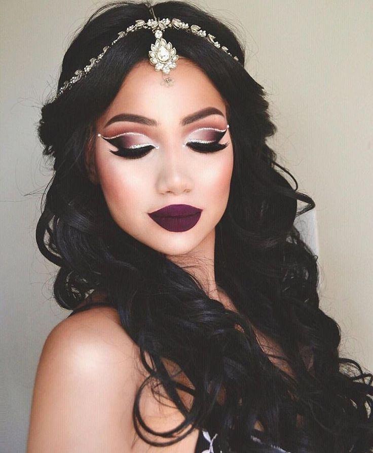Deep dark make up