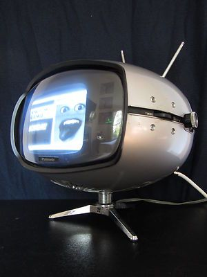 Vtg. 1960s SPACE AGE Japanese EAMES ERA Atomic PANTON OLD Mini TELEVISION