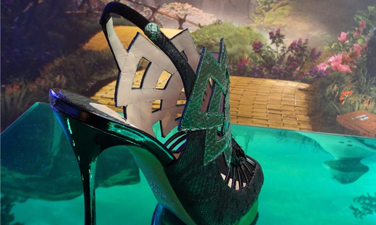 """""""Beyond the Horizon"""" story on Footwear Trends for Spring/Summer 2014 on PANTONEVIEW - featuring Emerald python embellished stilettos. CONCEPT + INFORMATION: NICOLINE Y TREND #PANTONEVIEW #ColourView #stiletto #fashion #emerald"""