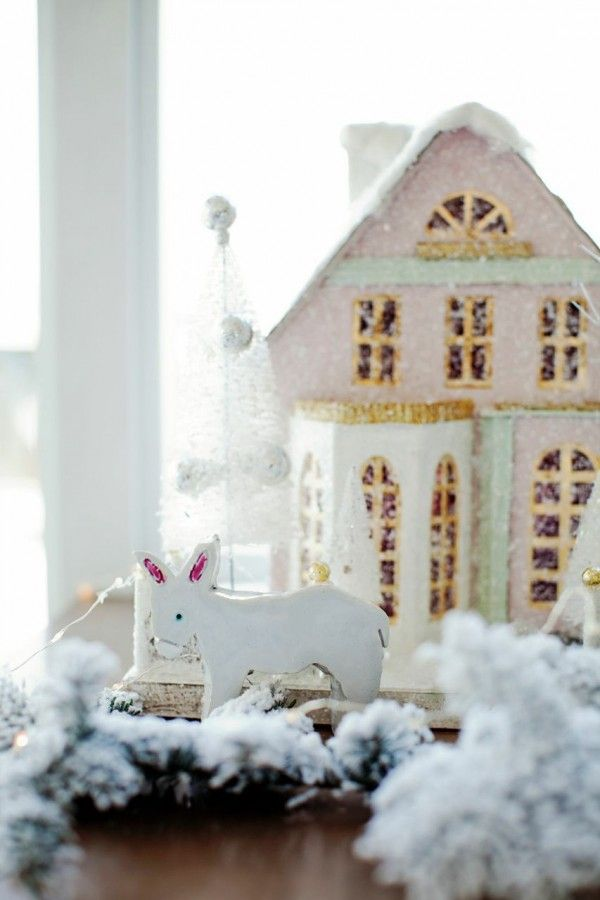 Holiday Home Tour: Stephanie Vogler Of The Cross Décor & Design | theglitterguide.com