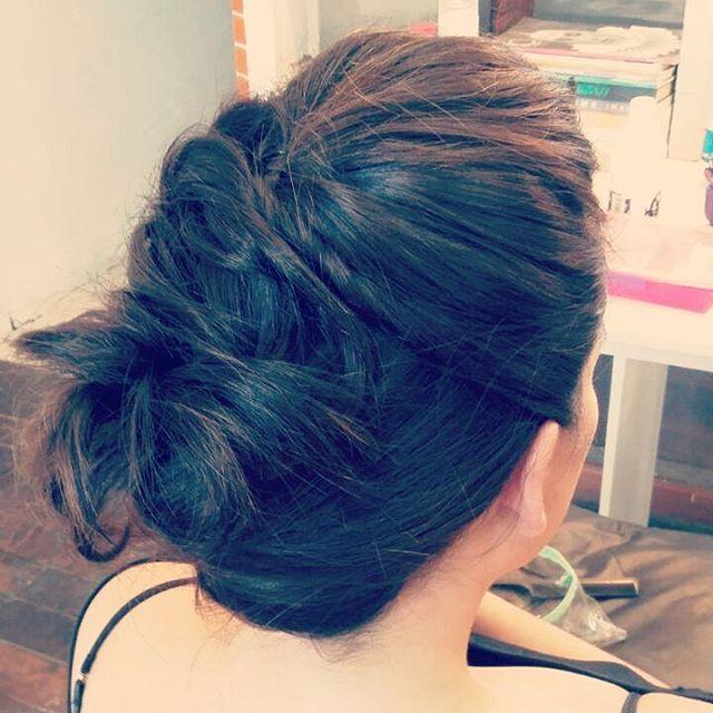 Peinado para melena midi #tomado #recogido #peinado
