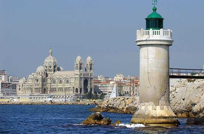 A glorious coastal setting, spectacular weather, great food, and a vibrant, multicultural population are among the reasons to visit this city on the French Mediterranean coast.